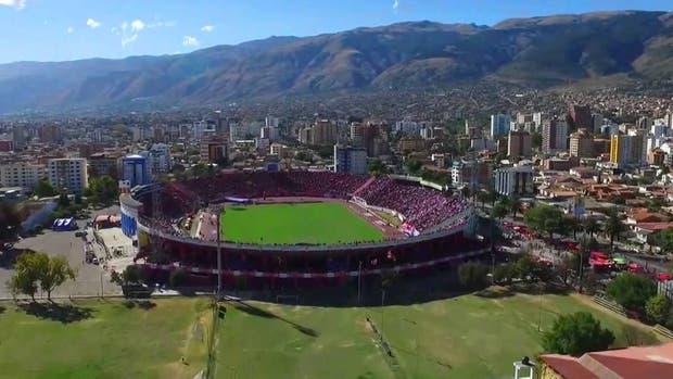 Estadio Felix Capriles, Cochabamba Bolivia