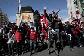 El conflicto entre los manifestantes y el gobierno amenaza con recrudecerse, en medio de acusaciones cruzadas de ambos lados