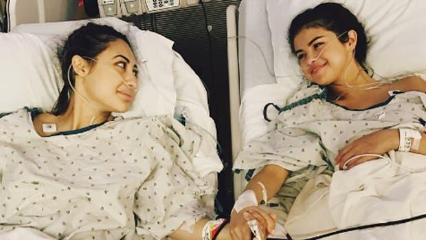 Selana contó que recibió un trasplante de riñón