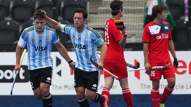Peillat anotó los dos tantos en la victoria ante los surcoreanos