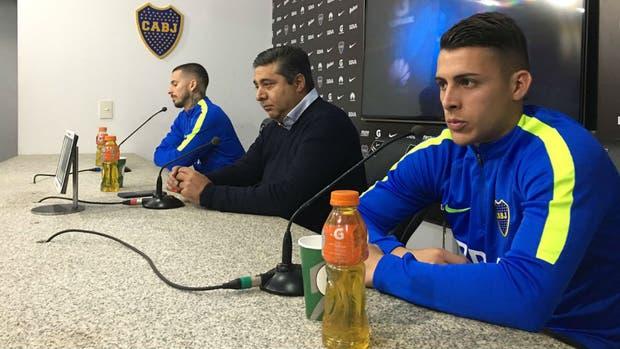 Esta mañana en conferencia de prensa el presidente junto a los jugadores que renovaron su vinculo con el club