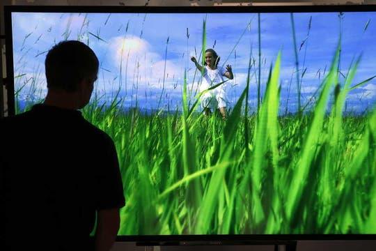 Sony también estuvo presente en la feria IFA, y presentó su línea de televisores Bravia de 65 y 85 pulgadas. Foto: AP