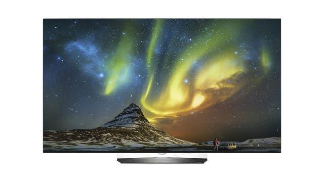 LG mantiene su apuesta por los televisores OLED y presentó dos modelos 4K de 65 y 55 pulgadas