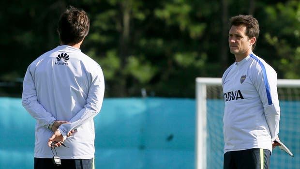 Los Barros Schelotto querían jugar el próximo fin de semana, pero sin dar ventajas por ausencias