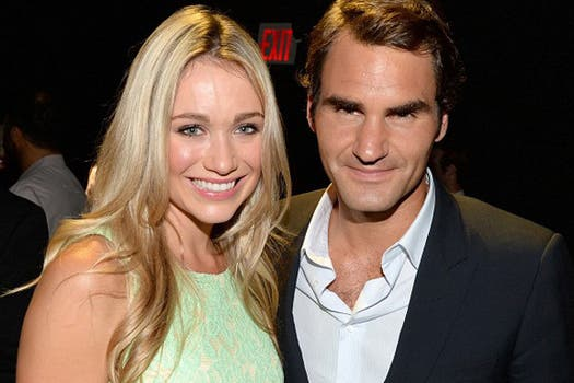 Federer fue a la presentación de un champagne.
