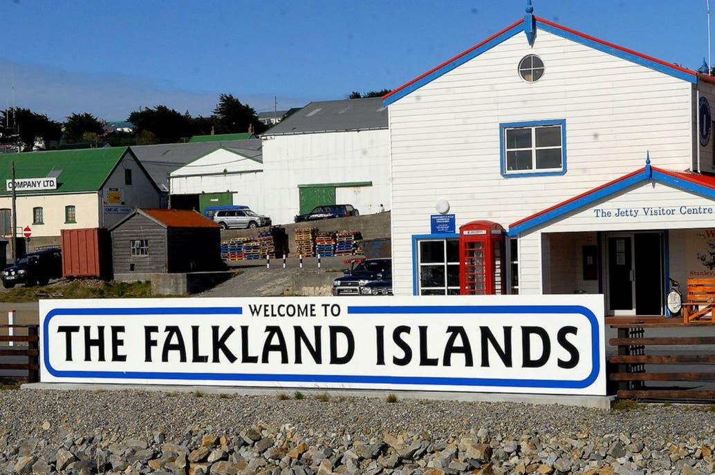 Vuelo semanal entre Malvinas y cuatro países suramericanos