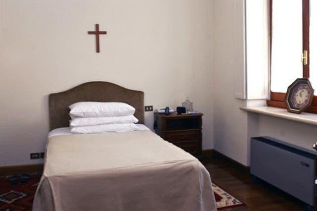 Bergoglio prefirió no mudarse
