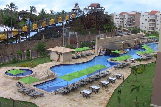 La pileta de 135 metros de largo del hotel Wellness Beach Park Resort. Foto: LA NACION / Carlos Sanzol