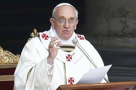 """El sumo pontífice pidió renovar las estructuras que """"encorsetan"""""""