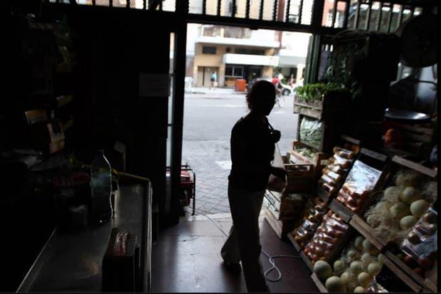 Más de 33 mil usuarios continúan sin luz en el área Metropolitana