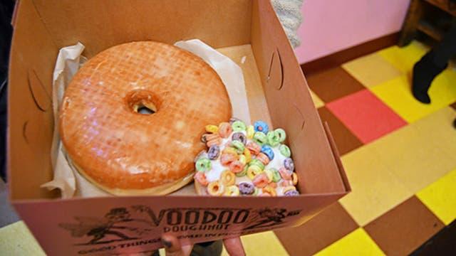 Voodoo Doughnut es el local que vendía la dona de 220 gramos