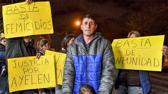 Los vecinos de Glew piden justicia por el asesinato de Ayelén Roldán
