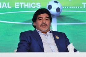 Diego en plena conferencia de prensa
