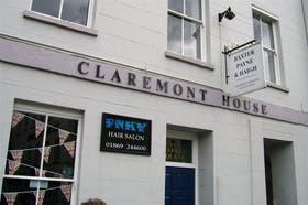 El coqueto local de la peluquería inglesa donde, supuestamente, tiene sus oficinas la empresa GI