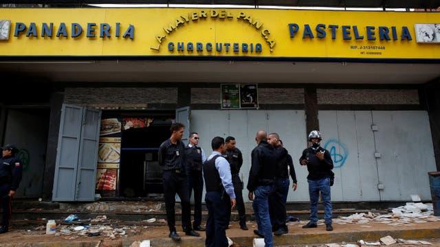 Unas 10 personas murieron en un intento de saqueo en Caracas