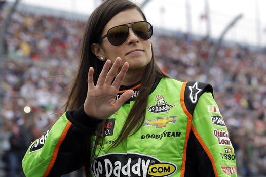 Danica Patrick, recontra VOT SI del automovilismo. Foto: AP