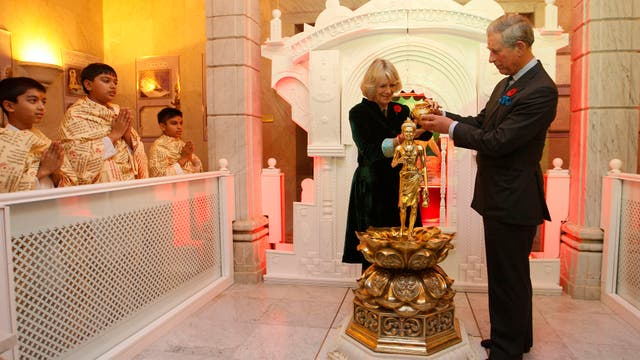 En el templo Shri Swaminarayan en Londres