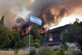 Son más de mil las hectáreas consumidas por el fuego en Los Alerces