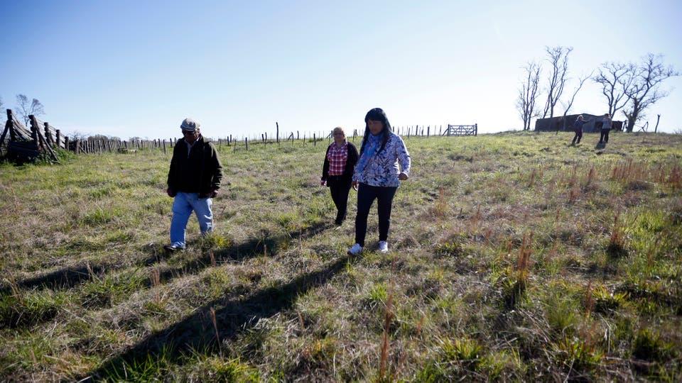 Hace 151 años, el entonces presidente Bartolomé Mitre les otorgó por ley a los mapuches 16.408 hectáreas, y hoy conservan 1000. Foto: LA NACION / Emiliano Lasalvia
