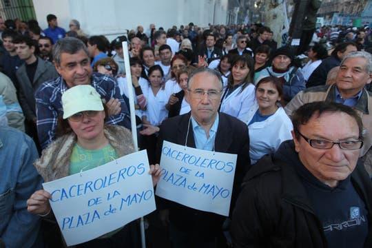 Miles de personas se acercaron a la plaza para escuchar al líder de la CGT. Foto: LA NACION / Maxie Amena