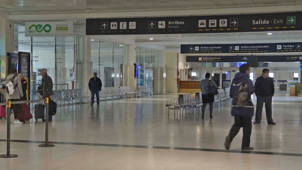 Tras la rotura de una un autobomba, volvió a estar operativo el aeropuerto de Bariloche