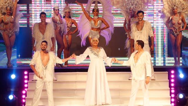 Carmen Barbieri y su elenco, participaron del show