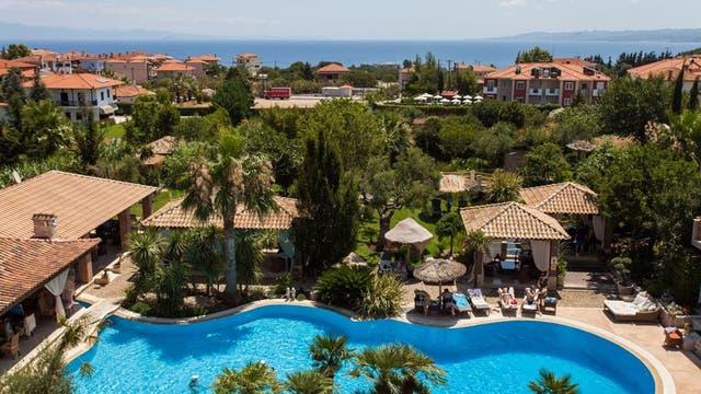 Achtis Hotel, en Grecia