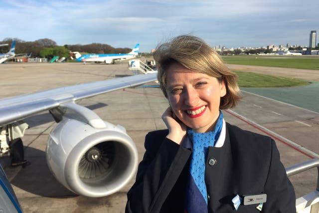 Hoy Alejandra trabaja en Austral Líneas Aéreas