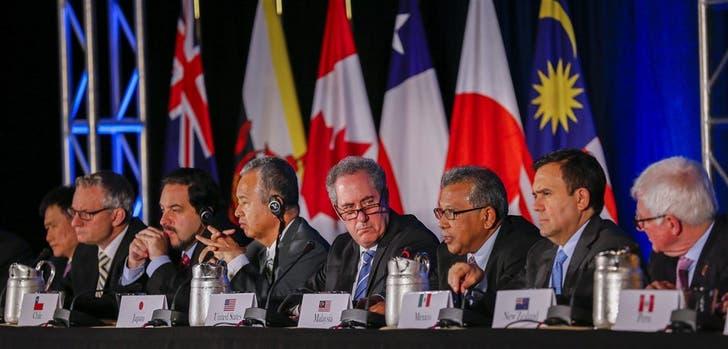 Representantes de los países que firmaron el acuerdo, tras hacer el anuncio, ayer, en Atlanta