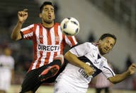 Estudiantes empató 0 a 0 con Gimnasia y quedó a cinco puntos de Lanús