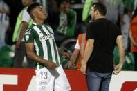 Los videos de los incidentes en Colombia: Coudet contra un jugador y el grito de gol en la cara de Sosa
