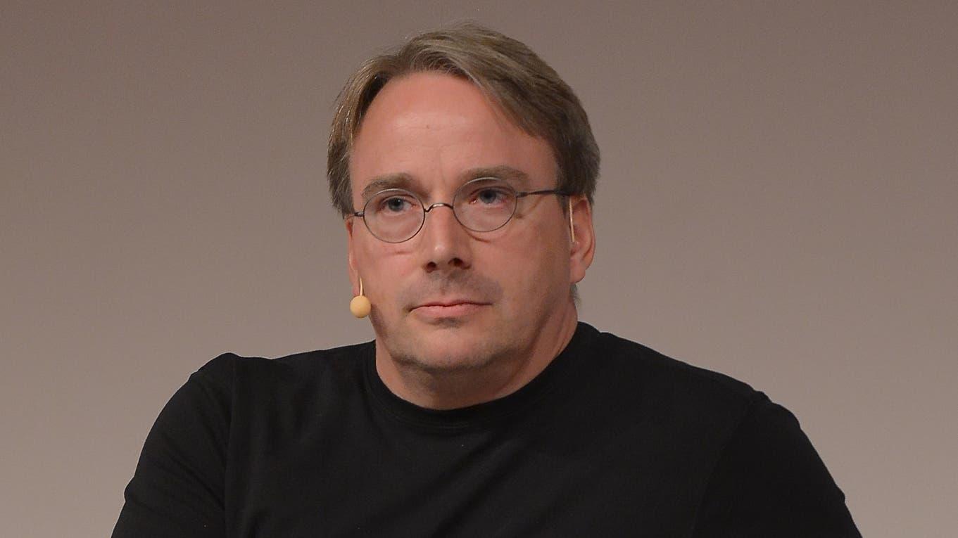 Linus Torvalds hizo público su proyecto para crear un nuevo sistema operativo el 25 de agosto de 1991 Wikipedia