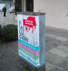 Se registraron 594 afiches en infracción de Evolución