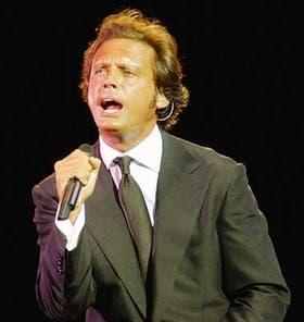 Luis Miguel presentará su disco Cómplices