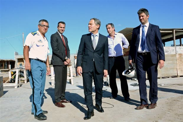 Macri gira a Provincia 500 millones de pesos para terminar dos cárceles