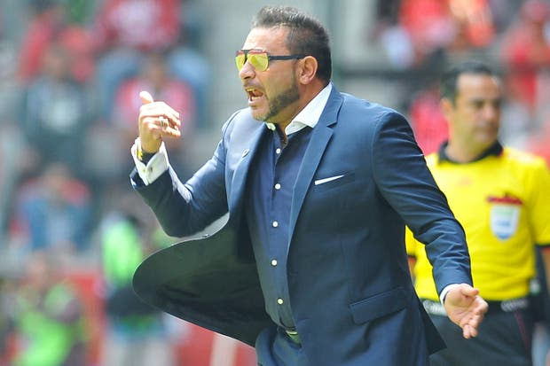 Hace tres años dirige a Monterrey, donde se siente realizado; rechazó a Independiente y no lo desvela ir a Europa