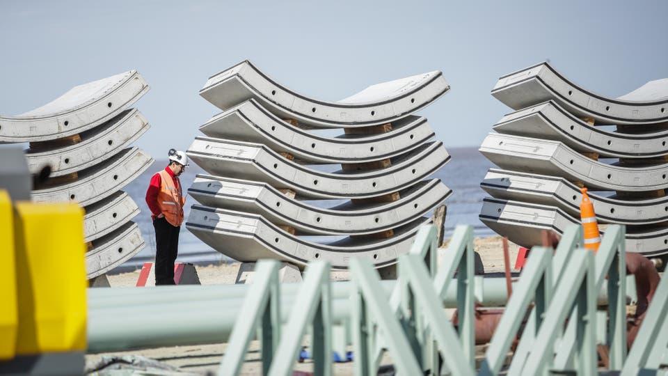Estas piezas, llamadas dovelas, serán el revestimiento del túnel subterráneo. Foto: LA NACION / Hernán Zenteno