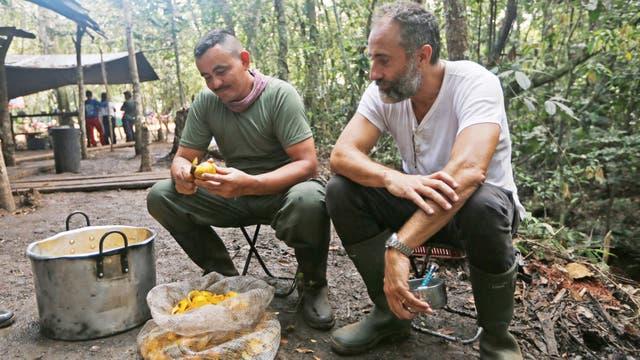 Acuerdo con las FARC: en 2016, Bayala y sus socios acamparon en la selva, se juntaron con todas las partes y recomendaron una alternativa antes del referendo
