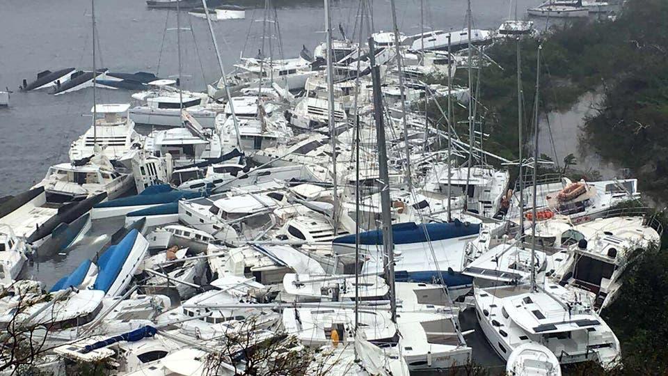 Las embarcaciones quedaron apiladas contra la costa en la bahía de Paraquita, en las Islas Vírgenes