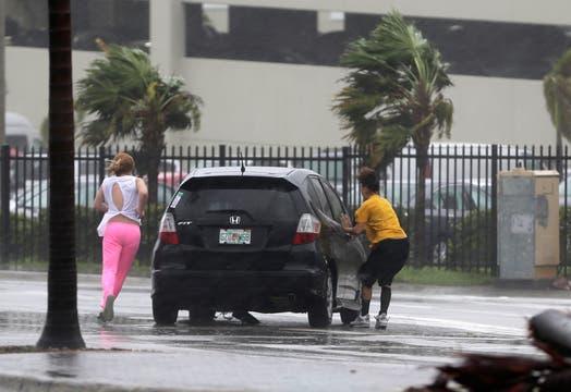 El huracán golpeó los cayos de Florida con fuerza. Foto: AP