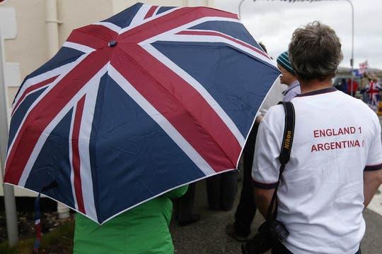 Más de mil electores están convocados para participar del referéndum. Foto: EFE