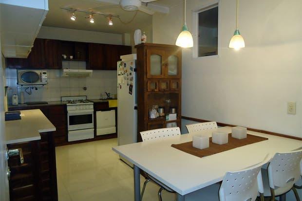 Muebles de cocina comedor living ideas for Comedor y cocina integrados