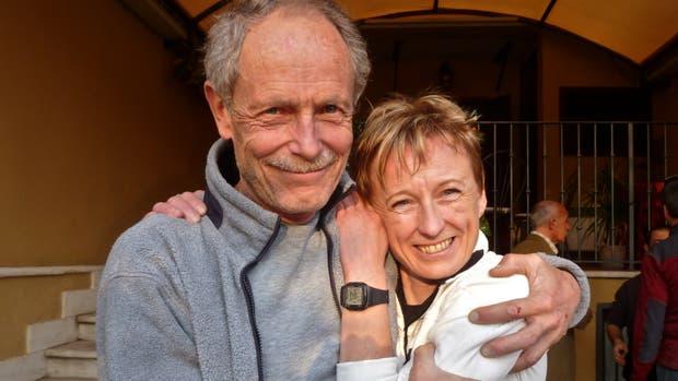 Romano Benet y Nives Meroi hicieron cumbre en las 14 montañas más altas del mundo