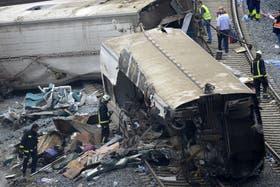 El descarrilamiento del tren de alta velocidad provocó la muerte de 78 personas y heridas a 141
