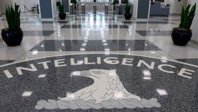 La entrada a las oficinas de la CIA, denunciada por Wikileaks como espía en celulares y televisores