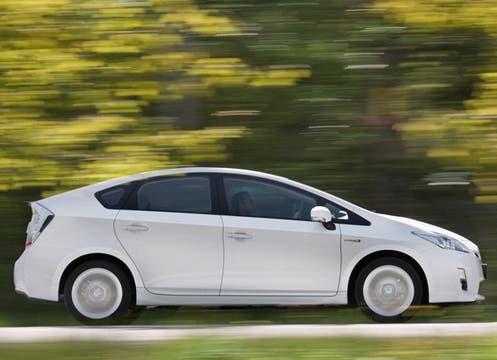 Es el primer vehículo híbrido que se comercializa en la Argentina. Foto: Gentileza Toyota