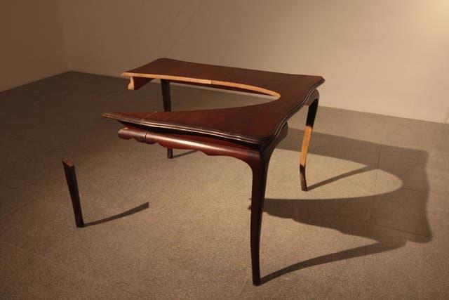 Mattaclark de mesa, de Marcela Sinclair, 2010