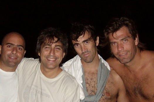 Florencia habría ido a visitar al salteño (el primero a la derecha) en dos oportunidades. Foto: Facebook
