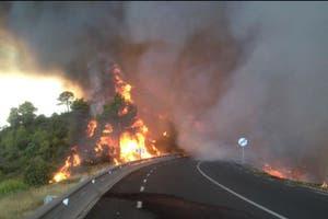 ESPA�A: Un voraz incendio consume m�s de 1200 hect�reas cerca de Barcelona