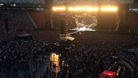 Miles de fanáticos esperan la llegada de los Stones